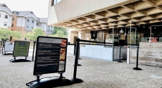 Outdoor Hub food stands at Posvar patio