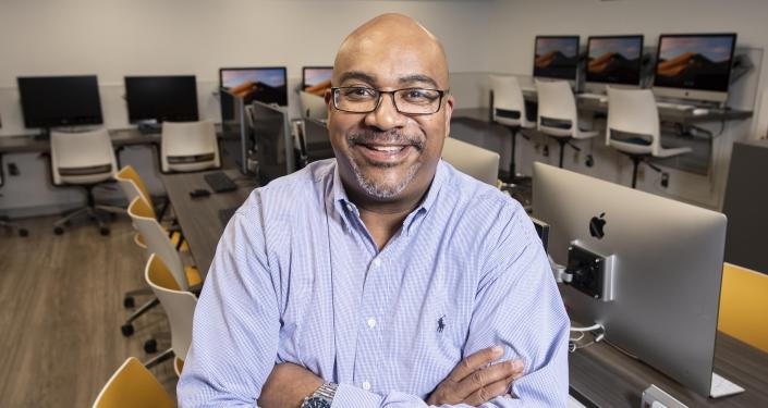 Mark Henderson in computer lab