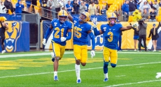 3 Pitt football players run onto field